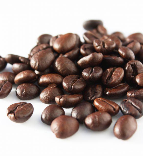 Mucchio di chicchi di caff